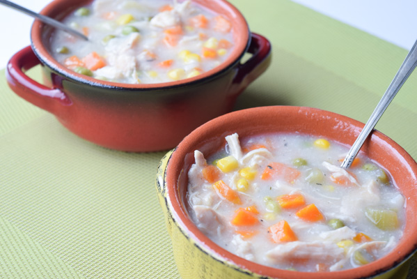Crockpot Chicken Pot Pie Soup (Lightened Up) - a simple and satisfying soup, no added fat and cooked in your crockpot! | tastythin.com