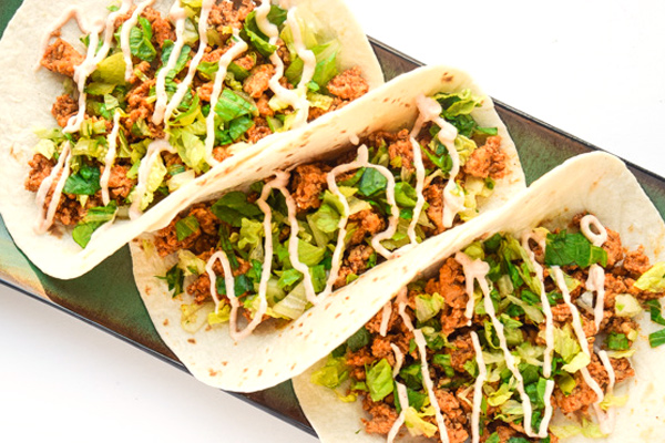 Chipotle Lime Chicken Tacos | tastythin