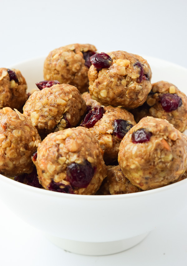 Nutty Oatmeal Cranberry Energy Bites