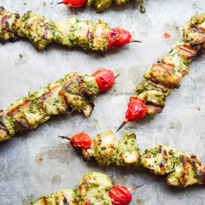 Pesto Chicken Kabobs - Pesto marinated chicken is grilled to perfection. Fresh, nutritious, and so flavorful! | tastythin.com