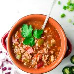 Crockpot Whole30 Chili - a hearty, no bean chili recipe. The perfect addition to a Whole30 or Paleo menu and super simple to prepare ahead! | tastythin.com