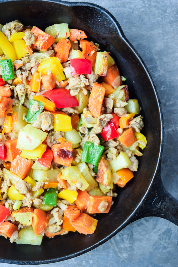 Whole30 Breakfast Hash - simple, nutritious, and perfect for make ahead meals - a great addition to your Whole30 menu! | tastythin.com