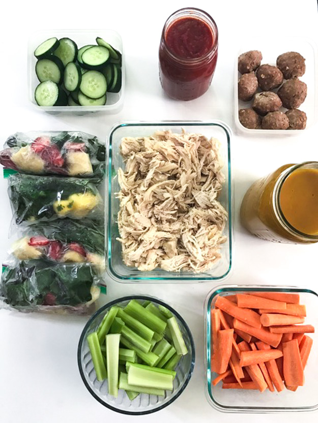 Clean Eating Meal Prep Guide (Week 1) - Weekly Meal Prep tips featuring clean, whole food recipes. Always simple and family friendly! | tastythin.com