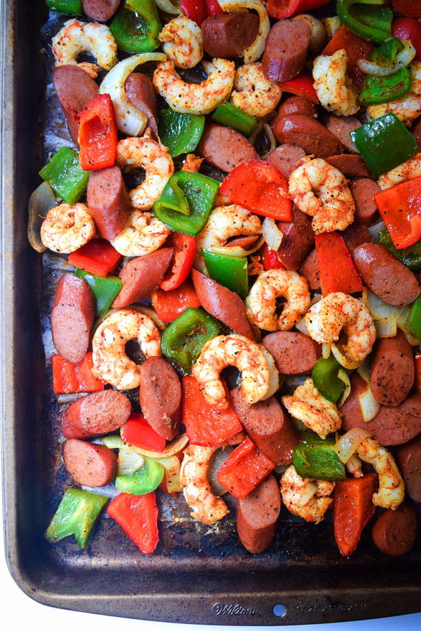 sheet pan shrimp and sausage jambalaya