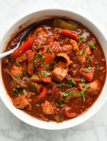 Instant Pot Chicken Cacciatore (Whole30, Paleo) - a delicious and hearty meal, full of tender chicken, bell peppers, and a rich sauce. Made super easy in the Instant Pot for a fast family meal on the table in under 20 minutes.