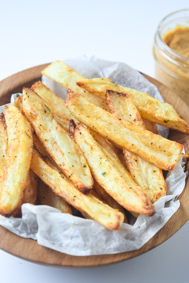 whole30 baked fries close up