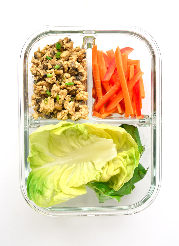 thai chicken lettuce cups in meal prep container