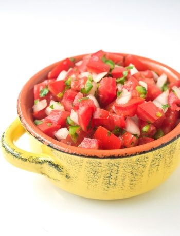 how to make pico de gallo salsa (whole30 paleo keto)